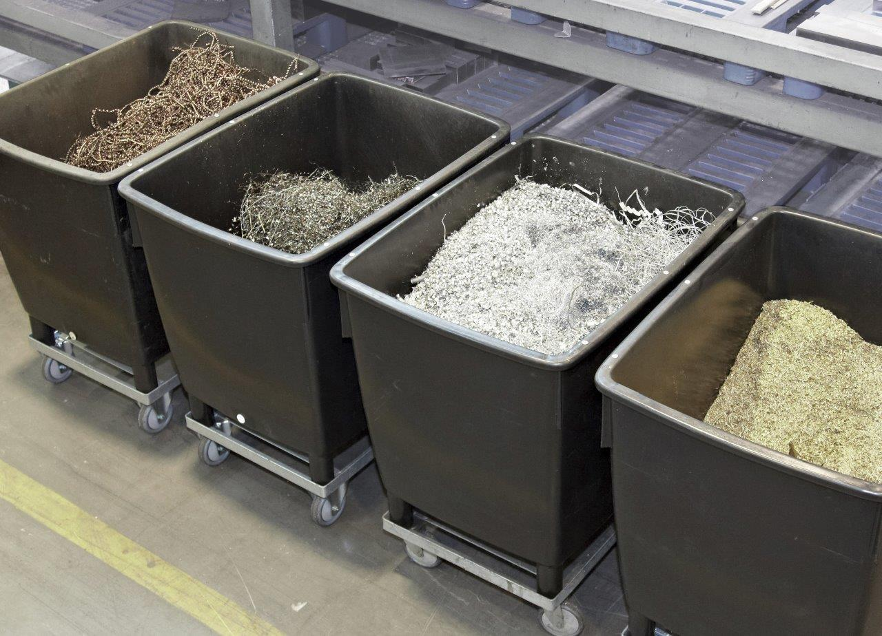 Универсальные контейнеры 210 и 400 л