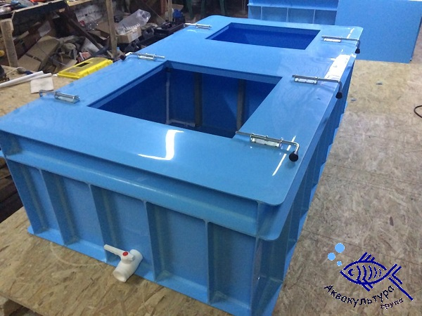 Ёмкость для перевозки рыбы объёмом 2 м3 с боковым люком